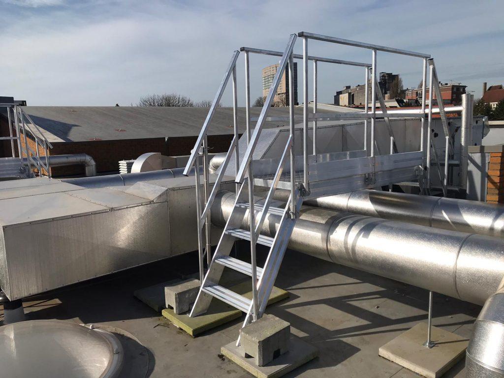 Overstapbordes van aluminium dak Rotterdam